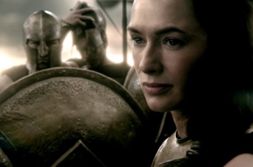 "Lena Headey filme ""300: Imperijos gimimas"" (AcmeFilm nuotr.)"