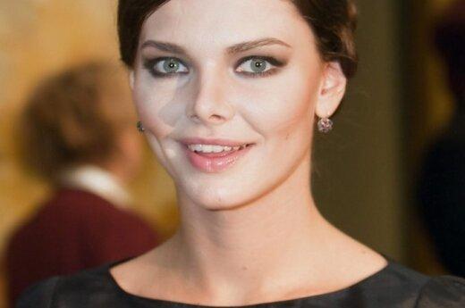 Лиза Боярская затащила мужа на курсы будущих мам
