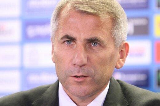 Ушацкас не будет говорить с Лавровым о возмещении ущерба