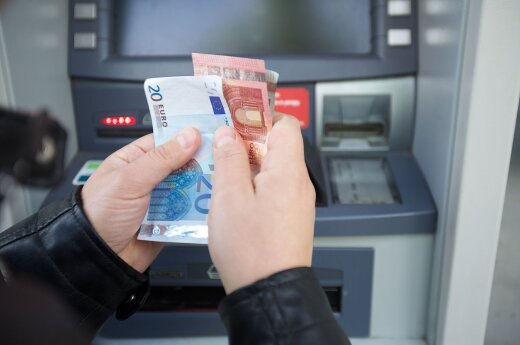 Tax authorities push to access people's bank account data