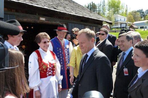 Kanada: Tusk odwiedził Wilno