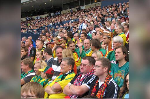 Lietuvių futbolo fanai Glazge
