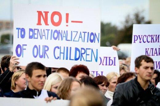 Mitingas dėl tautinių mažumų švietimo