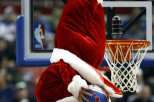Kalėdų dvasia pasiekė ir NBA krepšinį.