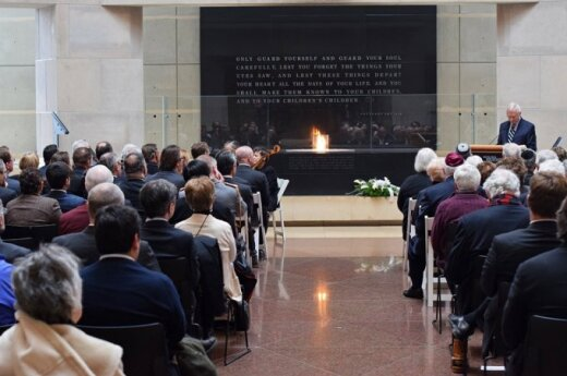 Mr. Berger addresses the International Holocaust Remembrance   Photo Ludo Segers