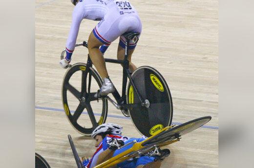 Simonos Krupeckaitės griūtis dviračių treke Pekine