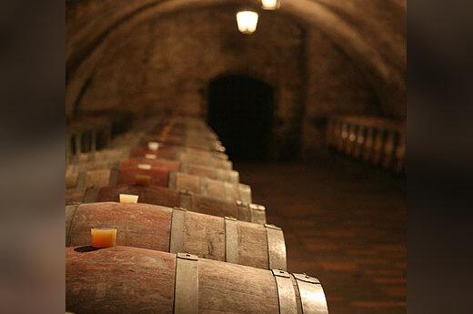 Vynas, rusys, statinė