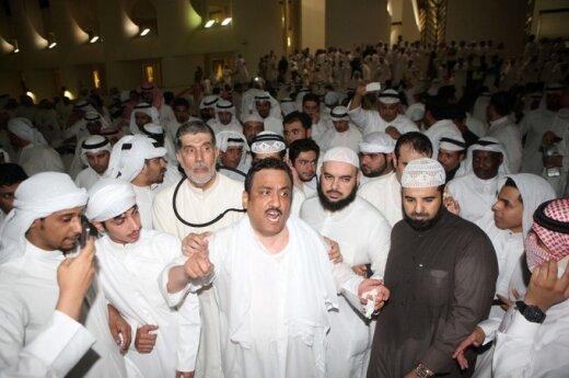 Protestuotojai užėmė Kuveito parlamentą