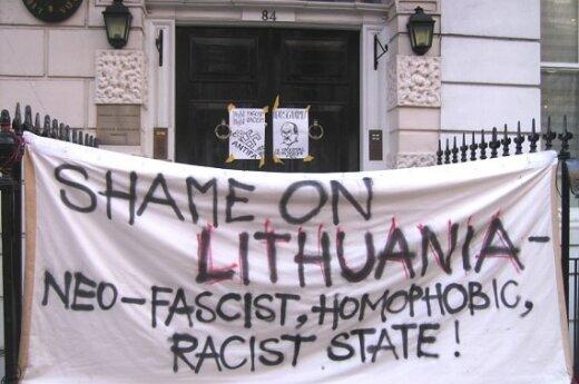 Лондонские литовцы протестовали против шествия неофашистов в Вильнюсе