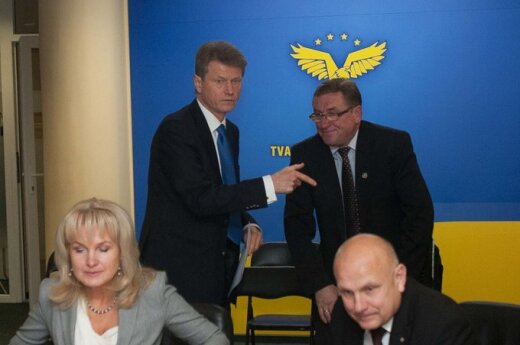 Sejmowy komitet zastanowi się w jaki sposób umożliwić Paksasowi kandydowanie do Sejmu
