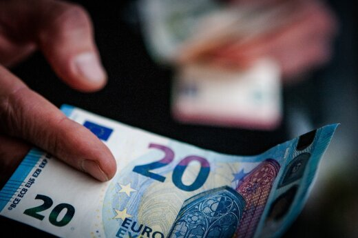 Seimas vėl spręs dėl kompensacijos mirusiųjų pensininkų artimiesiems