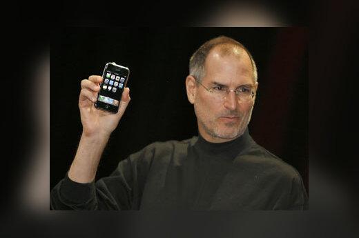 """""""Apple"""" vadovas Steve'as Jobsas pristato telefoną """"iPhone"""""""