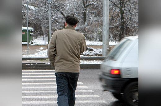 Pėstysis, perėja, automobilis