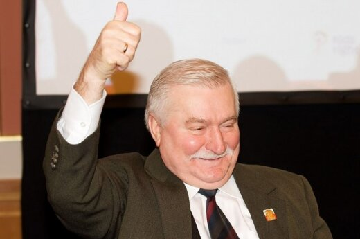 Wałęsa: Pokażę światu, jak mniejszość seksualna prześladuje większość