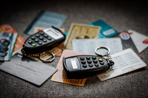 Banks fail to develop common solution to replace code cards