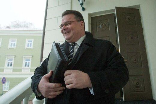 Linkevičius: W sprawie nazwisk musimy zrobić to, co obiecaliśmy Polsce