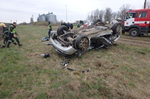 Трагедия в Кедайняй: поезд столкнулся с автомобилем, погиб человек