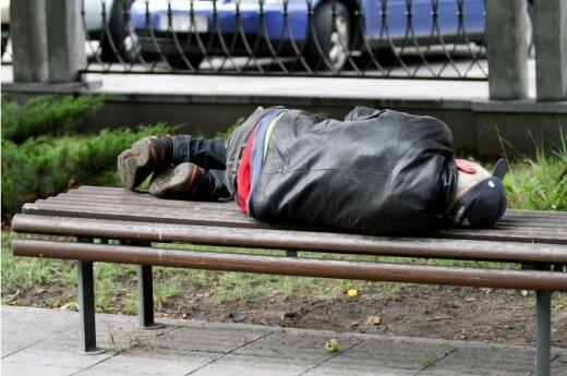 Sondaż: ubóstwo nie pozwala Litwinom poczuć się Europejczykami