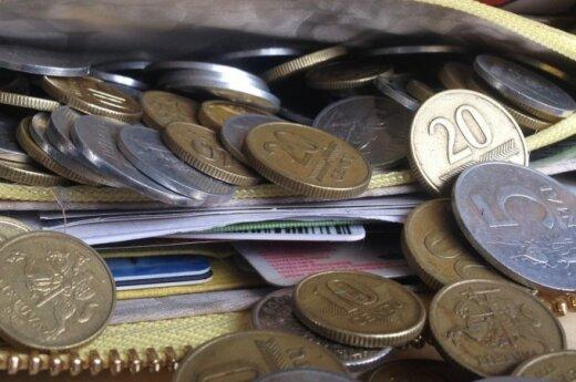 Жители Литвы не расстаются с литами: 525 млн - в чулке