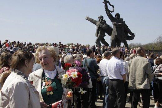 Rosja oburzona apelem o usunięcie pomnika radzieckich żołnierzy na Łotwie