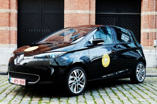"""Renault Zoe R240"""