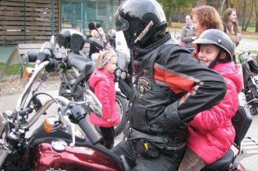Vilniuje pradėta minėti tarptautinė baikerių vaikų diena