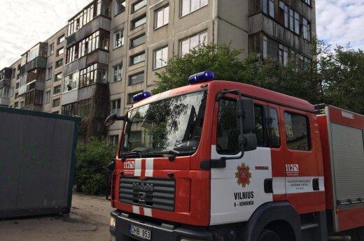 В Жирмунай горела квартира на пятом этаже