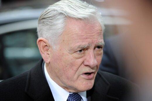 В.Адамкус: в НАТО и ЕС важно сотрудничать с Германией