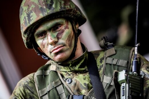 International winter survival exercise at Lithuania's Hussar Battalion