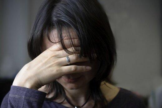 """Smurtas šeimoje: bandymas """"Skype"""" pabendrauti su vyro meiluže vos nesibaigė tragiškai"""