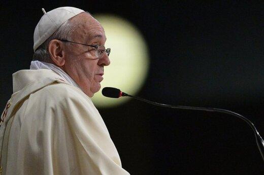 Папа Франциск не спешит с назначениями в Римской курии