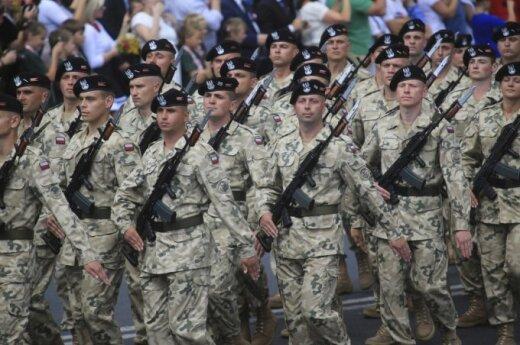 W 2015 roku wydatki Polski na obronność wzrosną do 38 mld zł