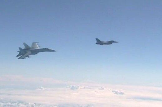 Praėjusią savaitę NATO naikintuvai vieną kartą lydėjo Rusijos orlaivius