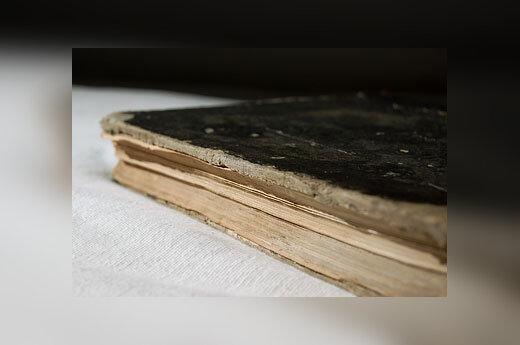 Sena knyga
