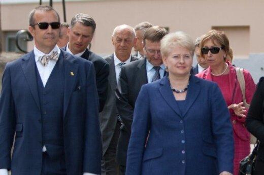 Грибаускайте: Литва намерена строить свой газовый терминал