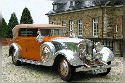 "Rolls Royce Phantom II. ""worldcarfans.com"" nuotr."