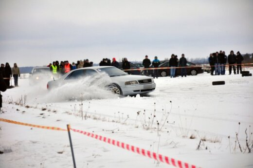 """Visais ratais varomų automobilių gerbėjus subūrė """"Quattro žiema"""""""