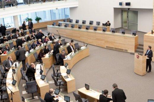 Sejm przyjął dwa z trzech projektów ws. wniosku Sądu Konstytucyjnego