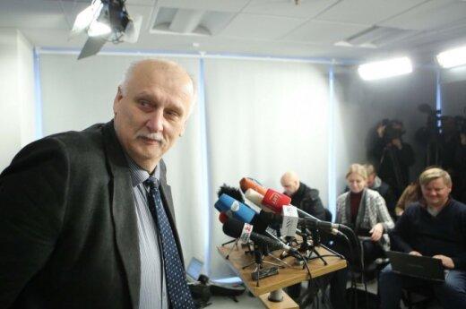 Прояснилось, у кого провели обыски в двух русских школах