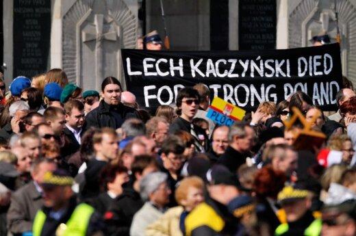 Polacy nie wierzą w zamach w Smoleńsku