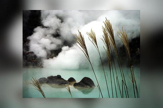 Japonija, verdantys ežerai Beppu