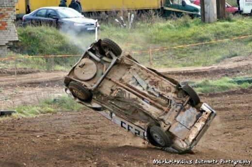 Atnaujintoje Uoginių kroso trasoje vėl gaus varikliai