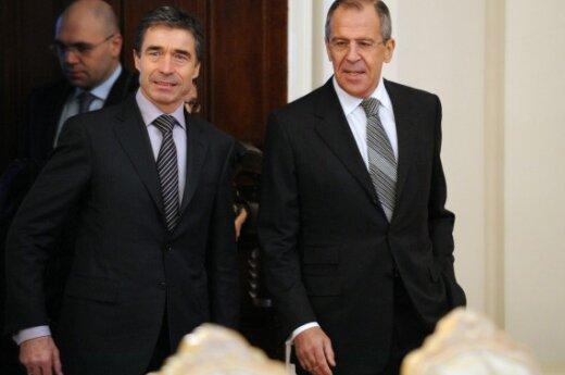 Andersas Foghas Rasmussenas ir Sergejus Lavrovas