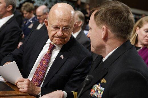 Nacionalinės žvalgybos direktorius James Clapperis bei Nacionalinio saugumo agentūros vadovas Michaelis Rogersas