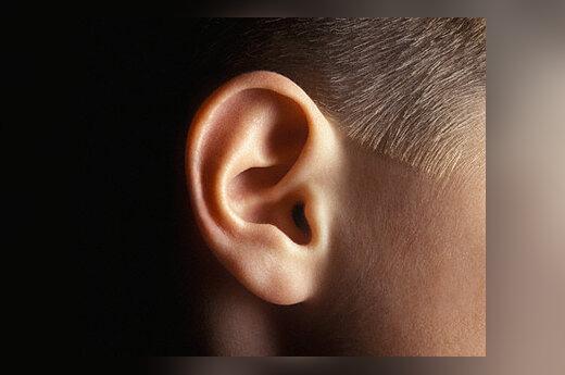 Vaikas, ausis