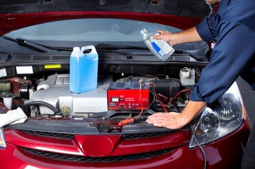 5 dalykai, kuriuos vairuotojai turi padaryti atšalus orui