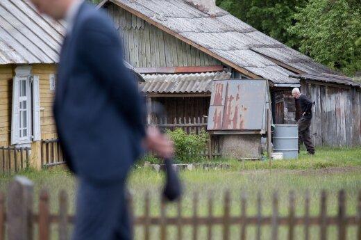 Už lauko tualetus Lietuvai gresia milijonų eurų bauda
