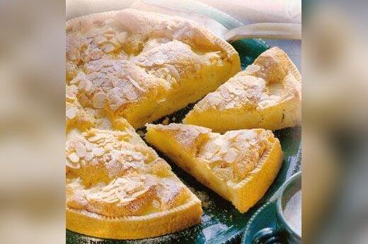 Obuolių pyragas - sufle