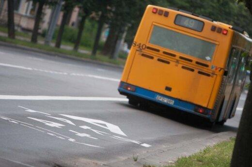 Smurto protrūkio autobuse liudininkę šokiravo keleivių reakcija