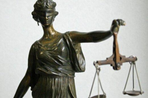 """""""Наши"""" подадут в суд за сравнение со сторонниками Гитлера"""